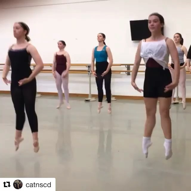 @catnscd with @get_repost ・・・ Girls Ballet – preparation for jumping