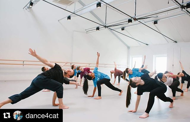 @dance4cat ・・・ Dance4 CAT are holding a FREE CAT Open Taster workshop on Saturday 09 March, 3:45pm-6:15pm at iC4C. If you are aged between 11-17, live in the East Midlands and have a passion for dance and want to find out more about the training we offer, fill in an online booking form and reserve your place now- link in bio.